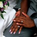 結婚式の二次会の断り方はコレ!メールの返信例付き!