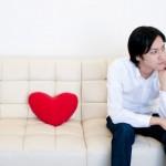 部下に恋愛感情を抱いてしまう心理と、その後の対応とは?