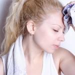 足汗対策に効果的なのは何?汗関連の病気に使えるグッズとは?