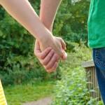 縁結びのお守り効果を高める持ち方と効果が無駄になる持ち方は?