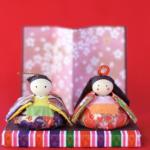 飾るのが簡単なミニ雛人形とは?価格はどれくらい?