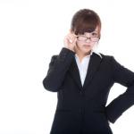 女性向けビジネススーツの選び方とは?何着くらいあればいい?