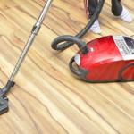 フローリングに適した掃除機の選び方は?傷をつけない掃除法もチェック
