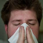 花粉症の症状に「咳」ってあるの?症状がひどい場合の対処法は?