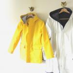 レインコートを長持ちさせるための手入れ法!洗濯&収納方法とは?